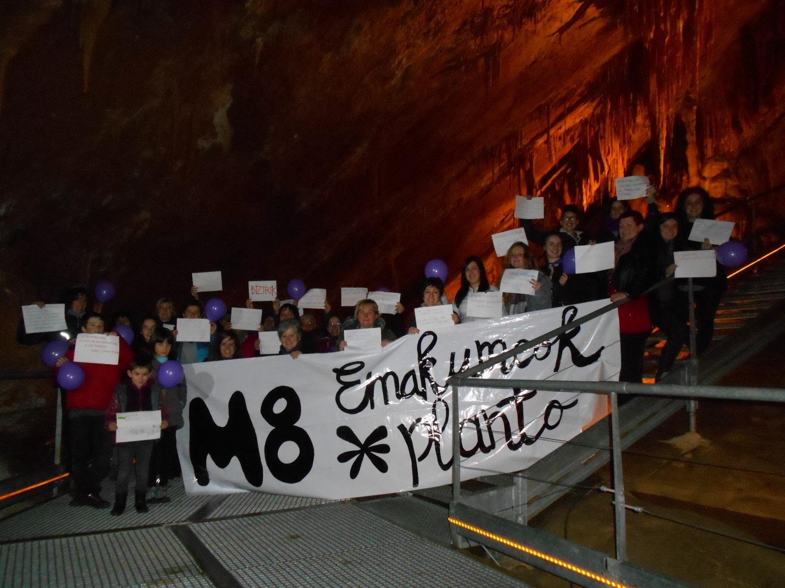 8M desde Mendukilo